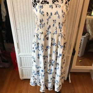 WHITE FLORAL TORRID DRESS SIZE 2X NWT